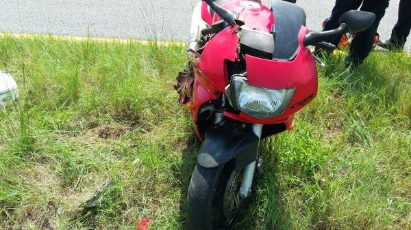 Motorcycle Driver was Very Lucky