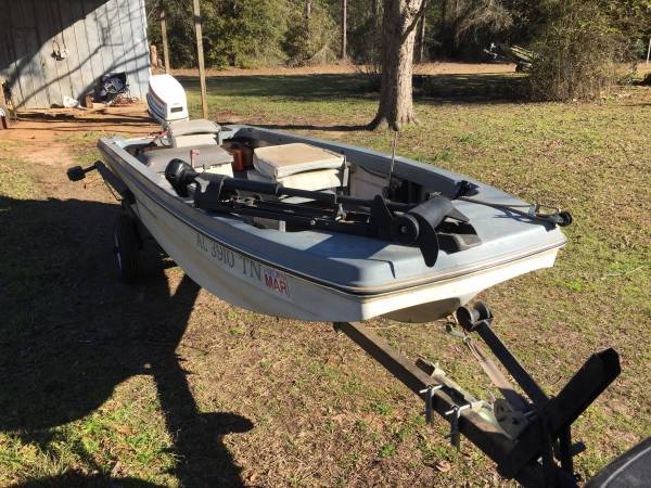 1978 Collins Craft 14 ft stick steer boat with 35 Johnson