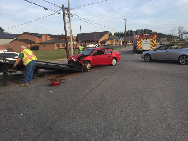 Motor Vehicle Accident at Cottonwood Hwy and Saunders Rd