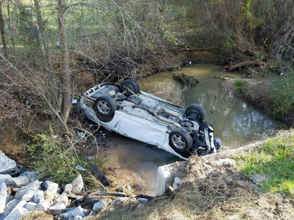 3:17 PM   Vehicle Overturned In A Creek On South Highway 109
