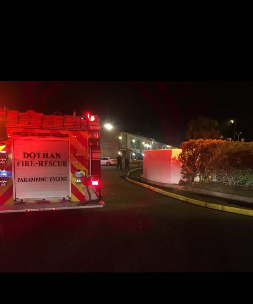 Dothan Fire Fights Structure Fire At Local Motel Monday