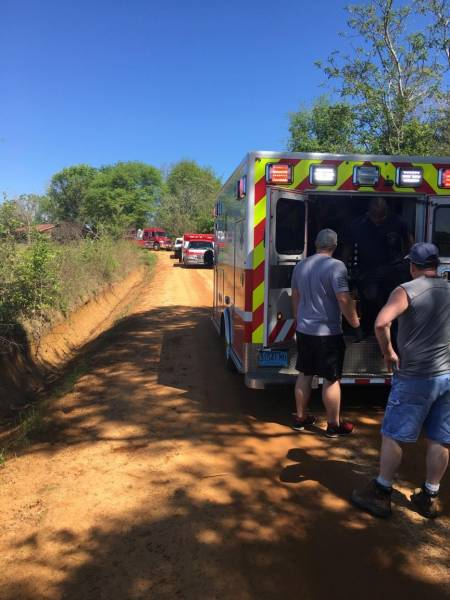 Motor vehicle accident with entrapment on Hundley Road