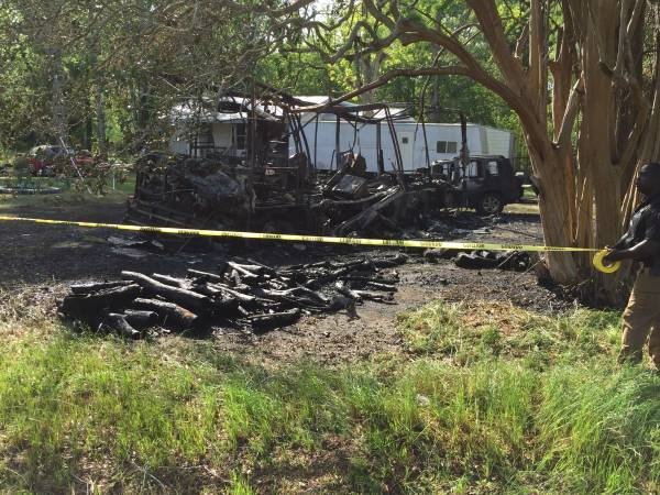 Wednesday Motorhome and Car Fire In Gordon