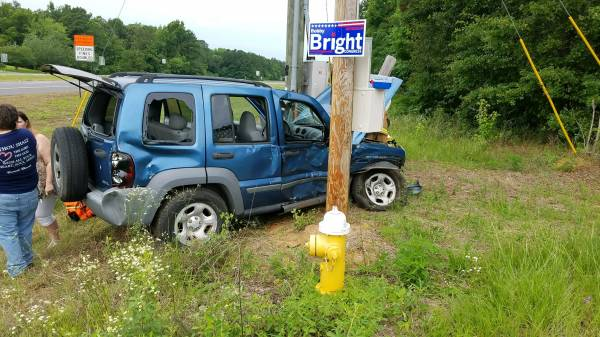 Motor Vehicle Accident on US 84 at County Road 9 in Bay Springs
