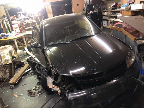 Car Goes Into Wicksburg Store