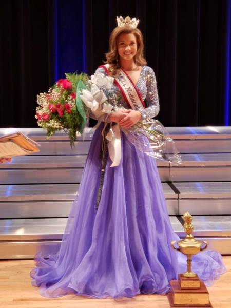 WINNER Miss National Peanut Festival Miss Coffee County