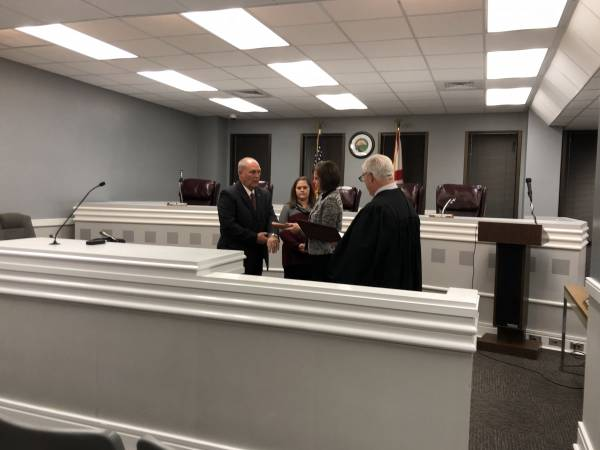Paul Lee Takes Oath Of Office For Alabama State Representative