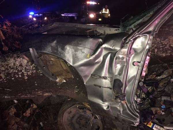 Early Morning Accident with Entrapment on East Smithville Road
