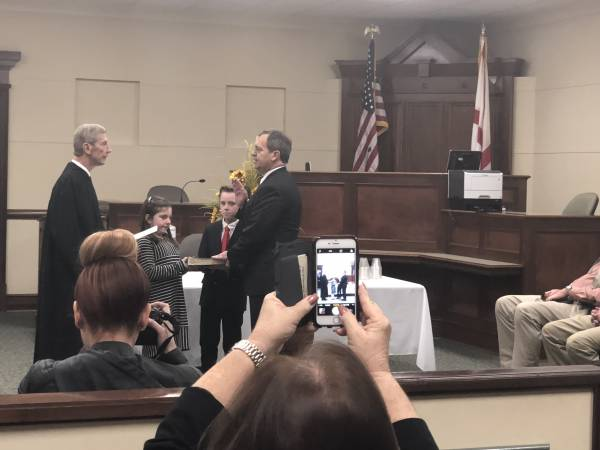 Sonny Reagan Takes Oath Of Office As Judge Thomas Head Retires in 12th Judicial Circuit