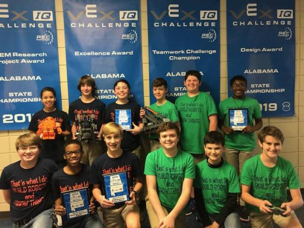 Local Team Makes it to World Robotic Competition