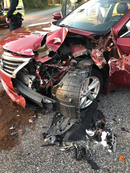 Afternoon Motor Vehicle Accident with Minor Injuries