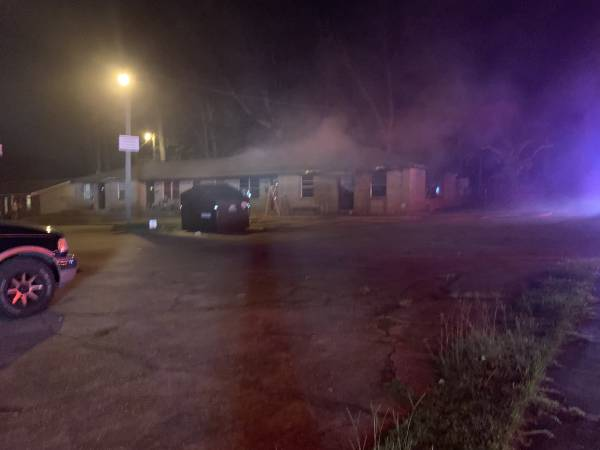 UPDATED at 9:40 PM.. Structure Fire at Edgewood Apartments
