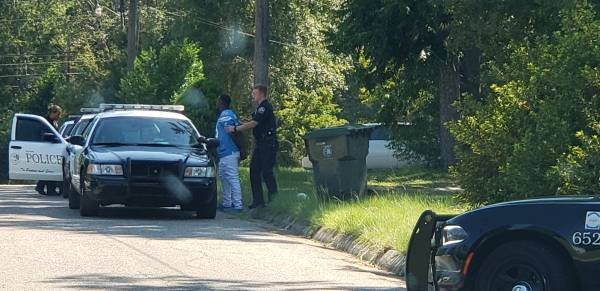 2:20 PM…Dothan Police Respond to a Citizens Complaint on Donna Street