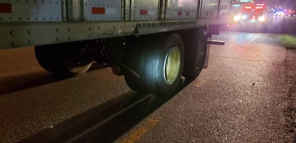 9:15 PM.. Semi vs Passenger Car on South Oates at Southgate