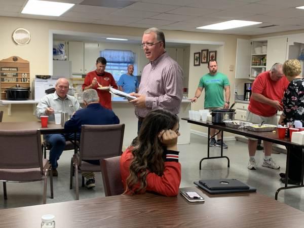 Union Hill Baptist Church Ministers To Cottonwood High School Football Team and Cheerleaders - Brad Kimbro Spoke