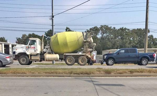 Concrete Truck verses a Pickup on the Circle at Kinsey Road
