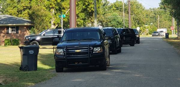 UPDATED at 4:45 PM   Ashford Police and Houston County Sheriff In Stand Off Situation