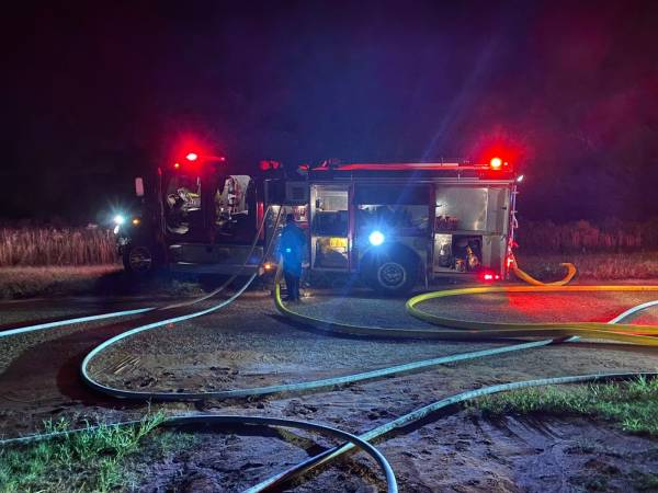 While You Were Asleep At 1:30 AM Volunteer Fireman - Fighting A Fire