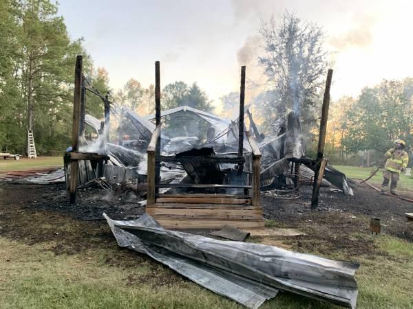 5:31 PM    Structure Fire On Garrett Road South of Ashford