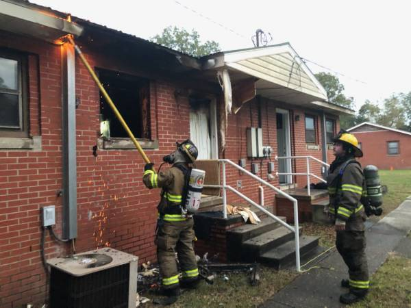 Late Afternoon Structure Fire In Hartford - Police Chief Annie Ward and Fire Captain Brandon Hovey Remove Lady From Structure