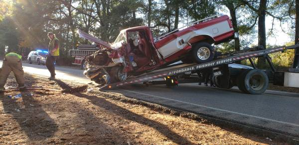 UPDATED at 5:14 PM.. Head-On Accident on Hwy 123 North of Hartford