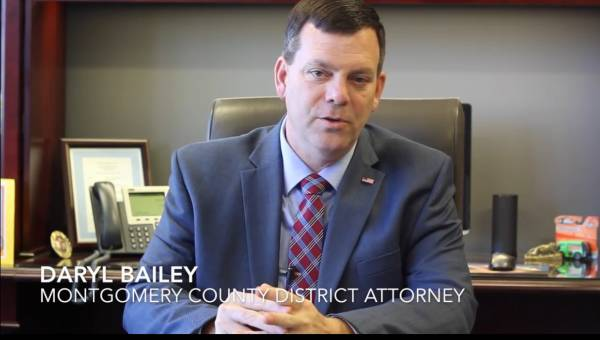 Huntsville Police Officer Takes On Gunfire - Endorsed By Montgomery Co. District Attorney & Dale County Jury