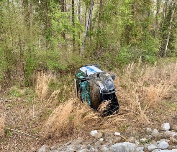 Eufaula Police In Crash During A Vehicle Pursuit
