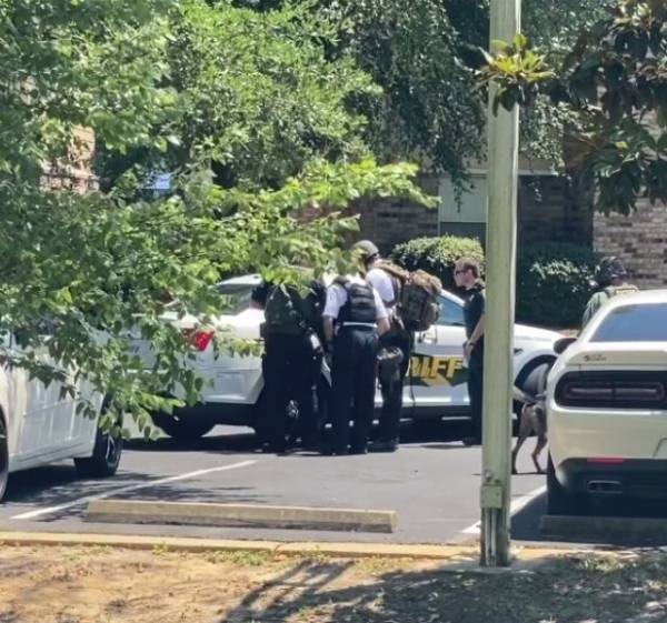 BARRICADED AGGRAVATED ASSAULT SUSPECT TAKEN INTO CUSTODY FOLLOWING STAND-OFF