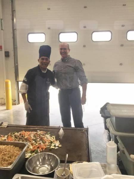 Hibachi Joe Cooks For Dothan Police and Dothan Fire