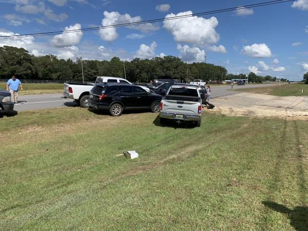UPDATED @ 2:32 PM.  1:11 PM.  Chase of Burglary Suspect Seconds After First Chase - Stolen Vehicle - - Suspect Wrecked in Houston County