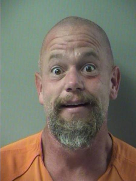 CRESTVIEW FUGITIVE TURNS HIMSELF IN AT OKALOOSA COUNTY JAIL