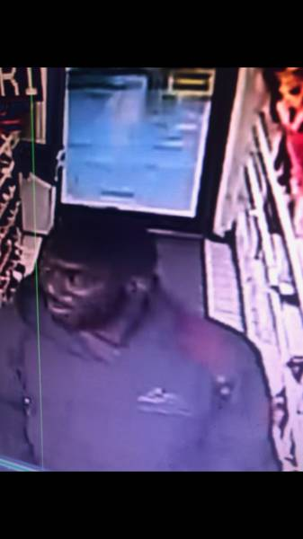 Dothan Police need you Help Identifying Person
