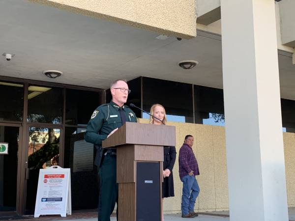 Jackson County Sheriff Donnie Edenfield Takes Oath of Office