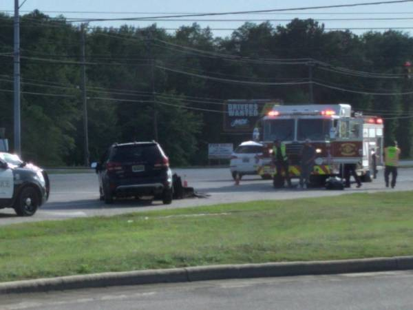 5:26 PM.. Motor Vehicle Accident at Headland and the Circle
