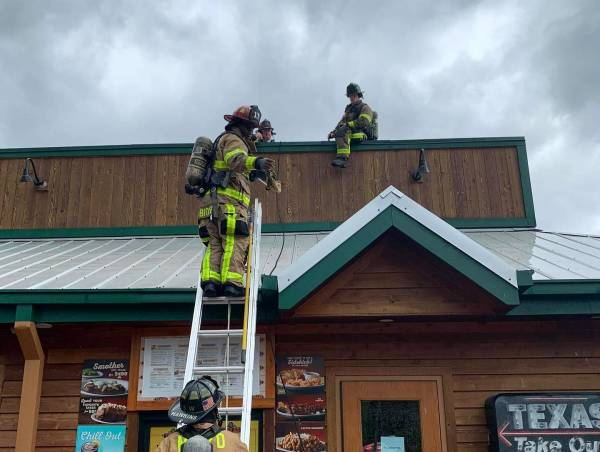 Mobile Fire-Rescue Responded to Texas Roadhouse Electrical Fire
