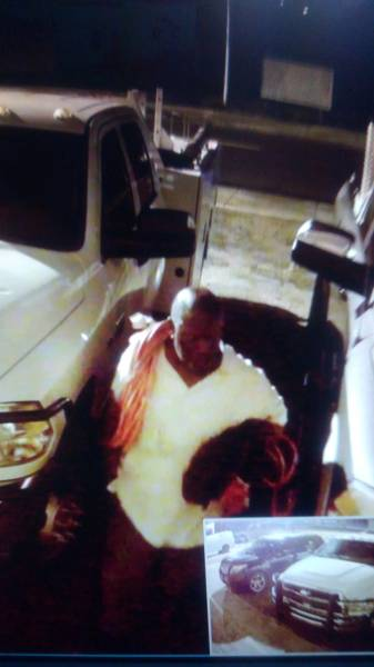 Dothan City Police need your Help Indentifying Person's in Picture