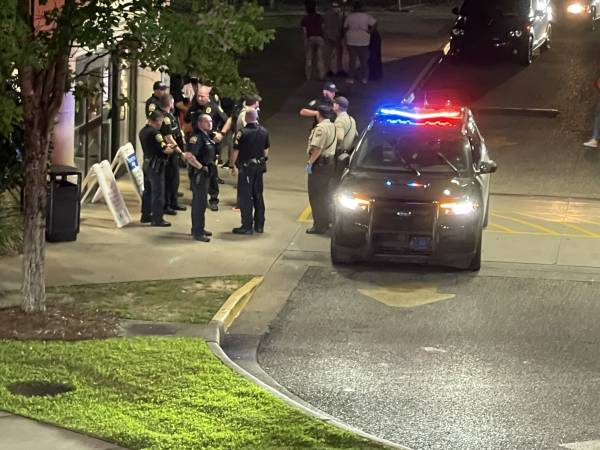 UPDATED @ 4:40 PM SUNDAY WITH VIDEO    11:54 PM     Large Police and Sheriff On Guard At Southeast Health